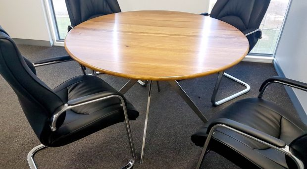 round table with 4 seats